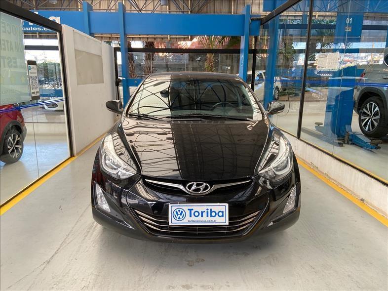 //www.autoline.com.br/carro/hyundai/elantra-20-gls-16v-flex-4p-automatico/2016/sao-paulo-sp/15121766