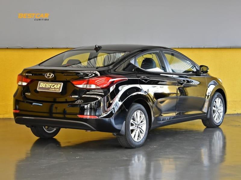 //www.autoline.com.br/carro/hyundai/elantra-20-gls-16v-flex-4p-automatico/2015/curitiba-pr/15159277