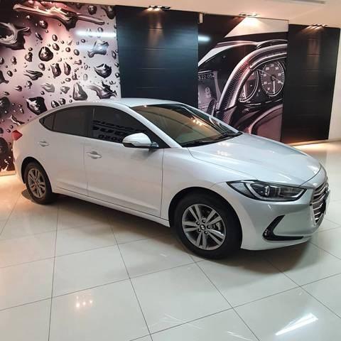 //www.autoline.com.br/carro/hyundai/elantra-20-gls-16v-flex-4p-automatico/2018/jaragua-do-sul-sc/15215599