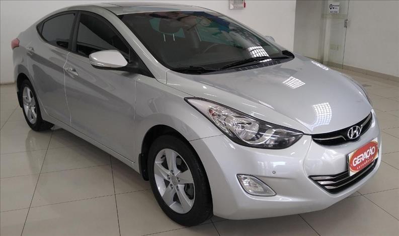 //www.autoline.com.br/carro/hyundai/elantra-20-gls-16v-flex-4p-automatico/2014/florianopolis-sc/15251170