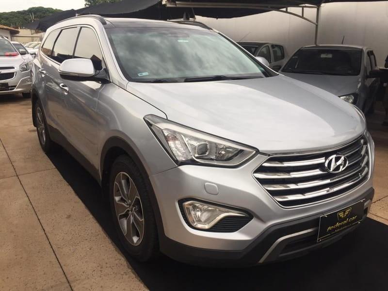 //www.autoline.com.br/carro/hyundai/grand-santa-fe-33-gls-4wd-at-v-6-270cv-4p-gasolina-automatic/2015/campo-grande-ms/12208611