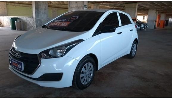 //www.autoline.com.br/carro/hyundai/hb20-10-comfort-plus-12v-flex-4p-manual/2018/fortaleza-ce/10111197