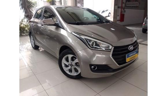 //www.autoline.com.br/carro/hyundai/hb20-16-premium-16v-flex-4p-automatico/2016/sao-paulo-sp/10157493