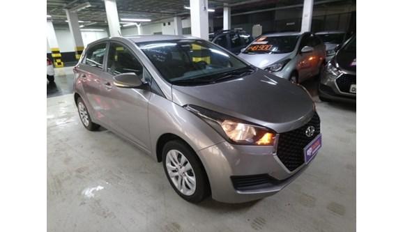 //www.autoline.com.br/carro/hyundai/hb20-16-comfort-plus-16v-flex-4p-automatico/2019/belo-horizonte-mg/10898699