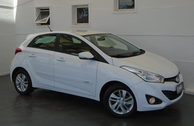 //www.autoline.com.br/carro/hyundai/hb20-16-premium-16v-flex-4p-automatico/2014/brasilia-df/11342896
