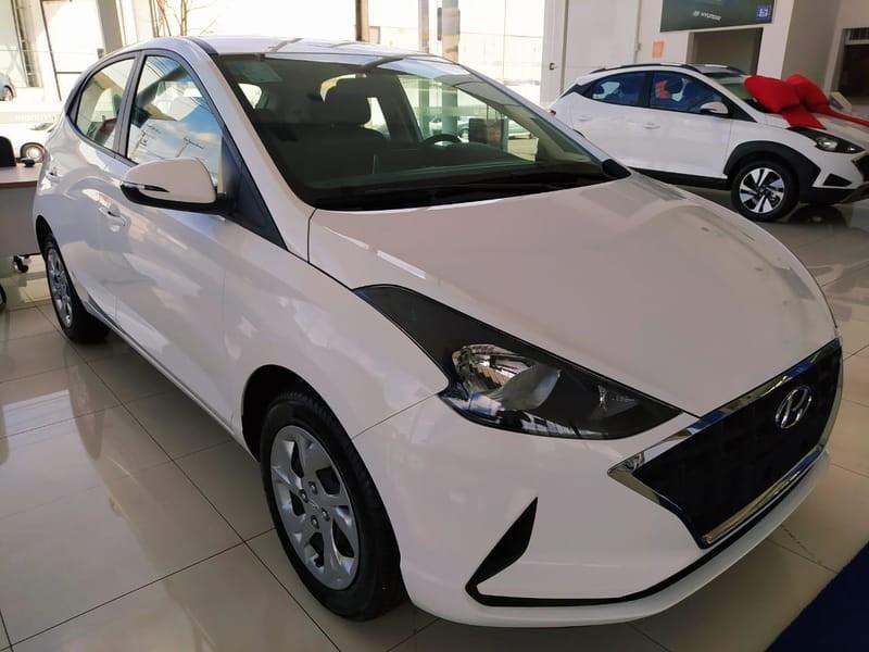 //www.autoline.com.br/carro/hyundai/hb20-16-vision-16v-flex-4p-automatico/2020/goiania-go/11710774