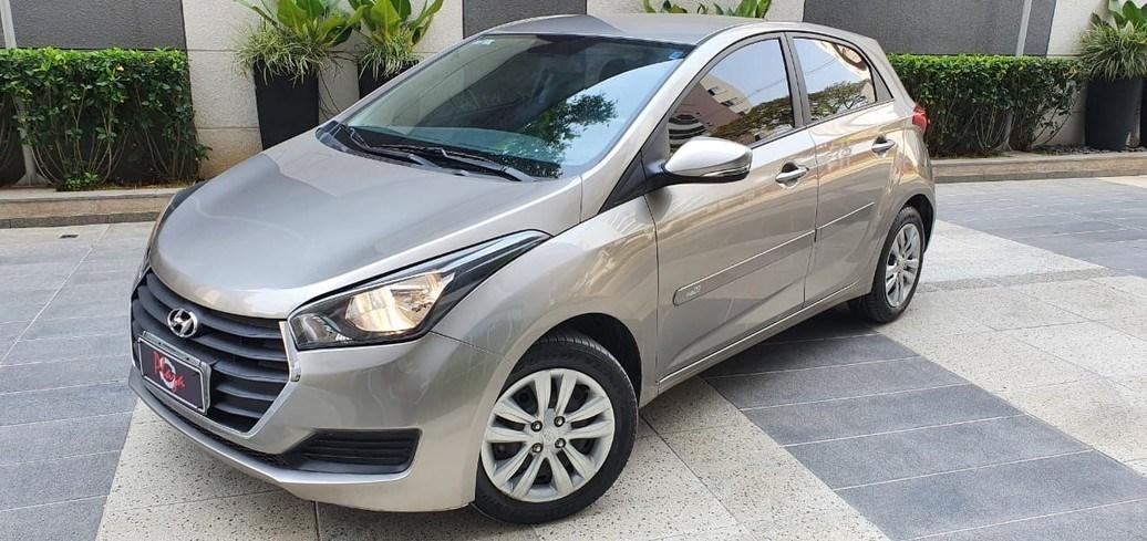 //www.autoline.com.br/carro/hyundai/hb20-16-comfort-plus-16v-flex-4p-automatico/2017/sao-paulo-sp/12306835