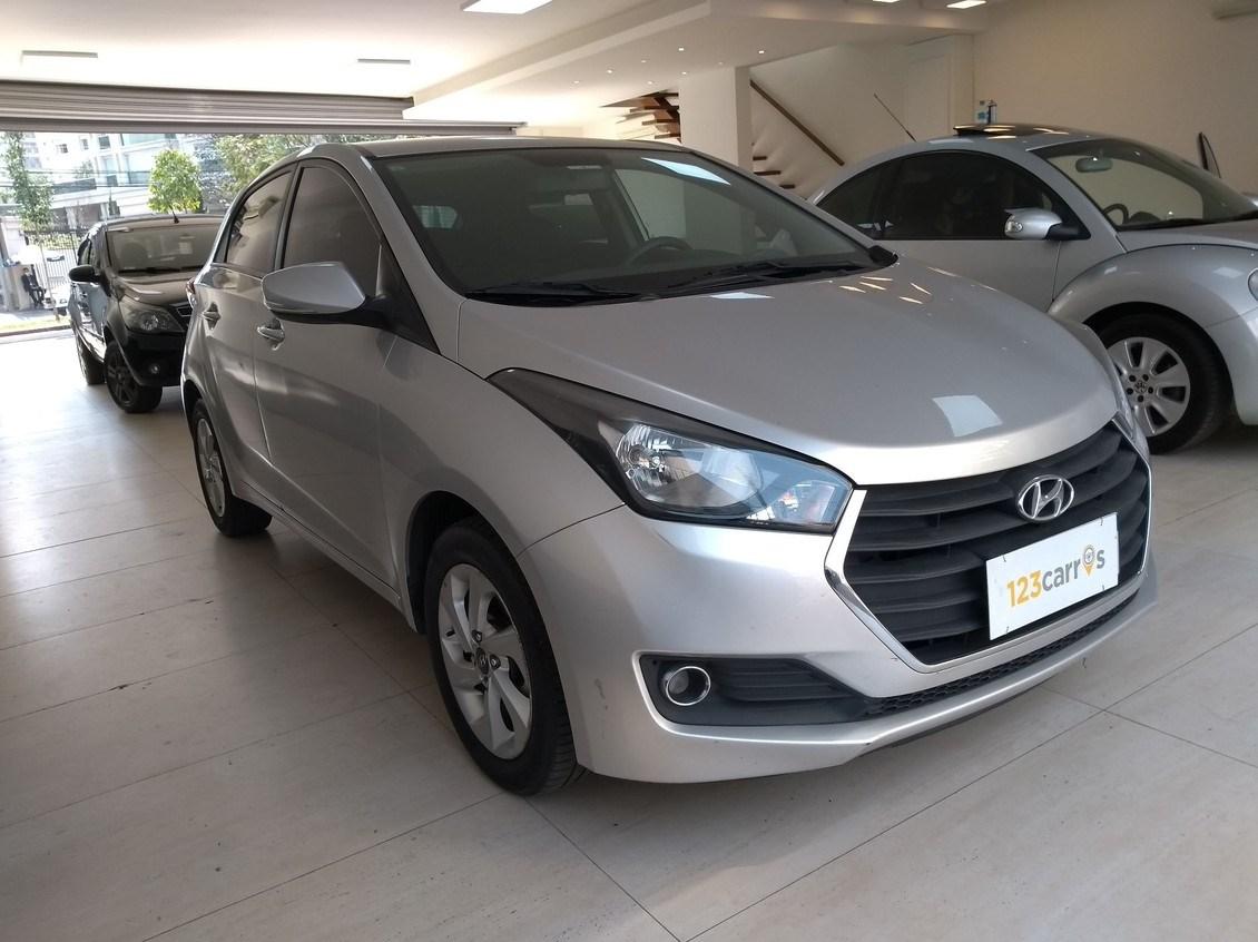 //www.autoline.com.br/carro/hyundai/hb20-16-comfort-plus-16v-flex-4p-automatico/2017/sao-paulo-sp/12317196