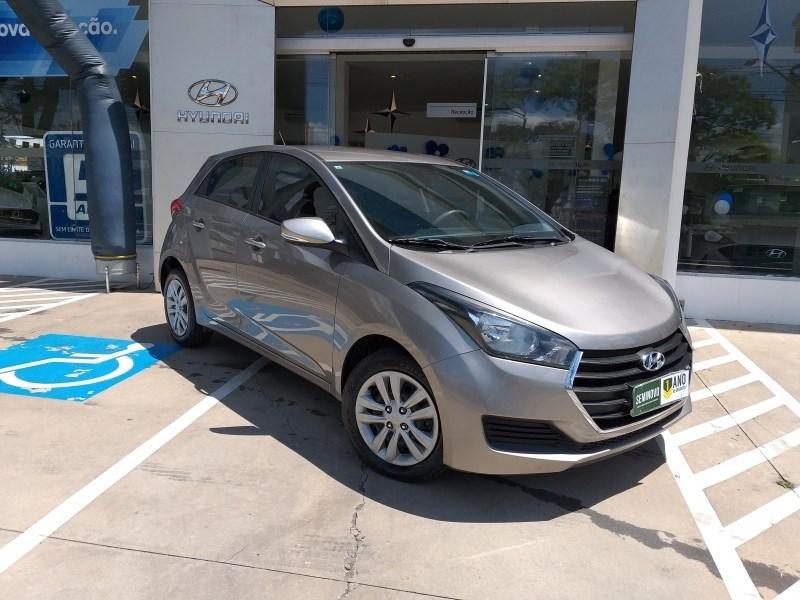 //www.autoline.com.br/carro/hyundai/hb20-16-comfort-plus-16v-flex-4p-automatico/2018/sao-paulo-sp/12773187