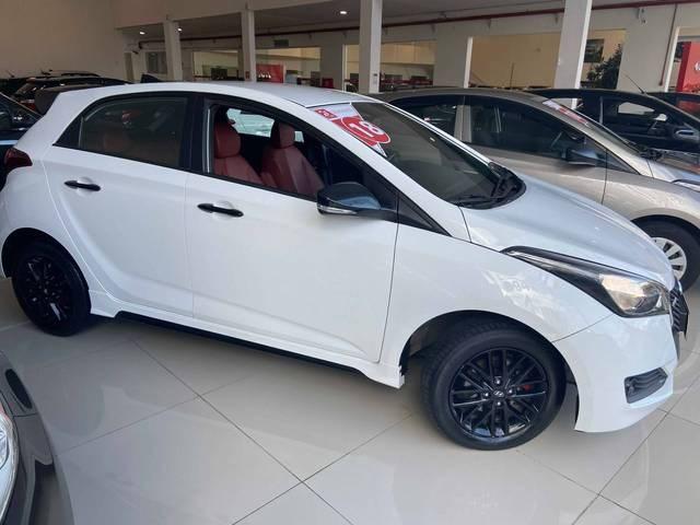 //www.autoline.com.br/carro/hyundai/hb20-16-r-spec-limited-16v-flex-4p-automatico/2018/mogi-das-cruzes-sp/12919436