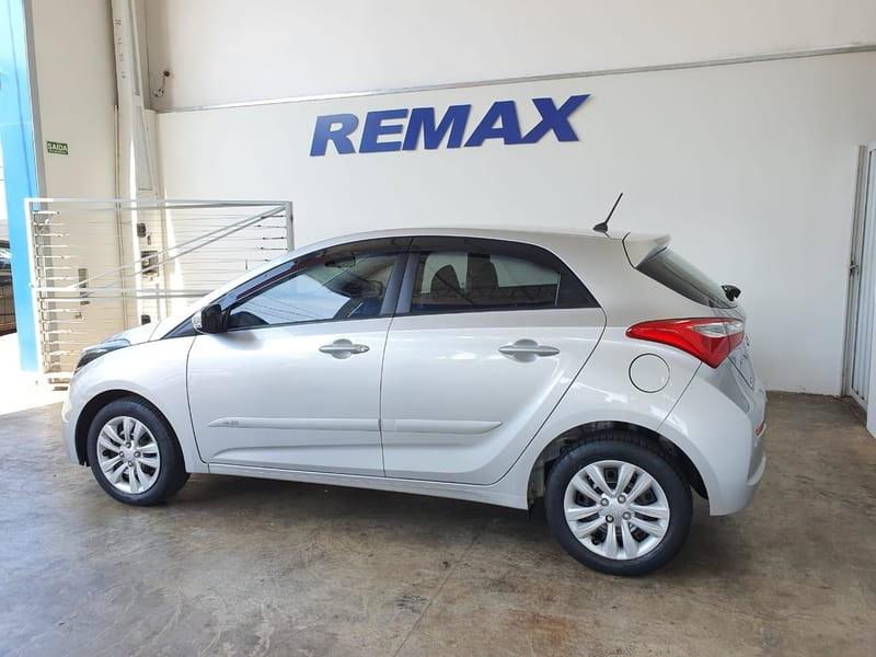 //www.autoline.com.br/carro/hyundai/hb20-16-comfort-style-16v-flex-4p-manual/2016/avare-sp/14694048