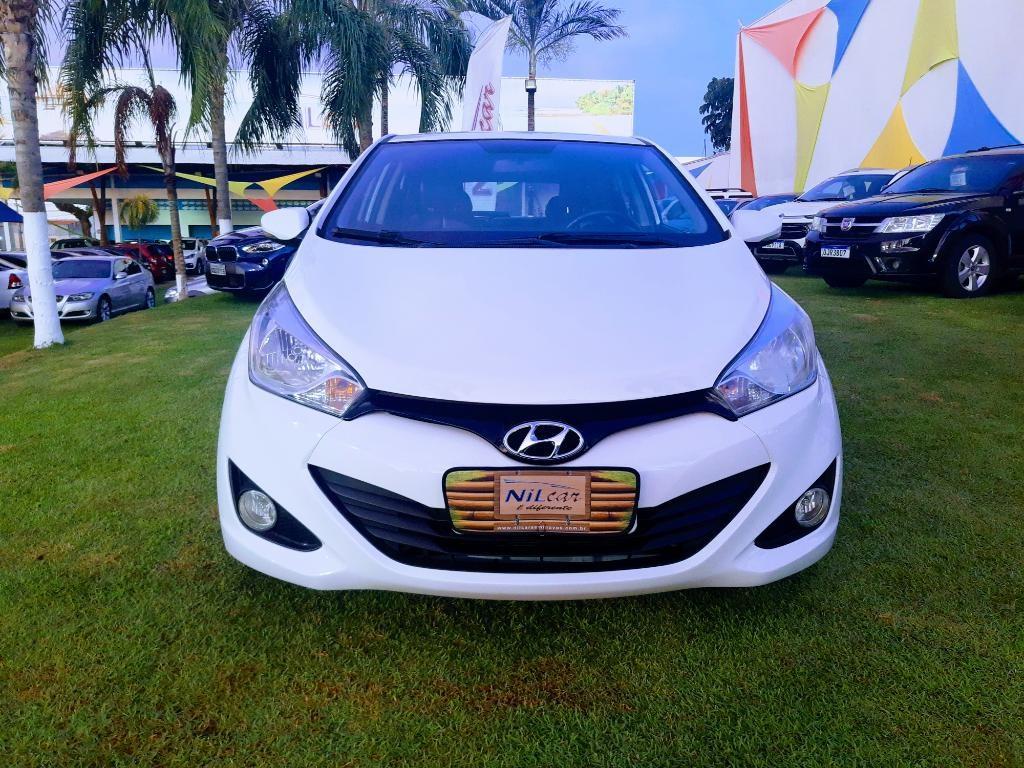 //www.autoline.com.br/carro/hyundai/hb20-16-premium-16v-flex-4p-automatico/2013/natal-rn/14803902