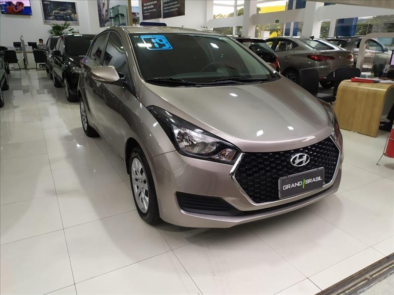 //www.autoline.com.br/carro/hyundai/hb20-10-turbo-comfort-plus-12v-flex-4p-manual/2019/sao-paulo-sp/14969434
