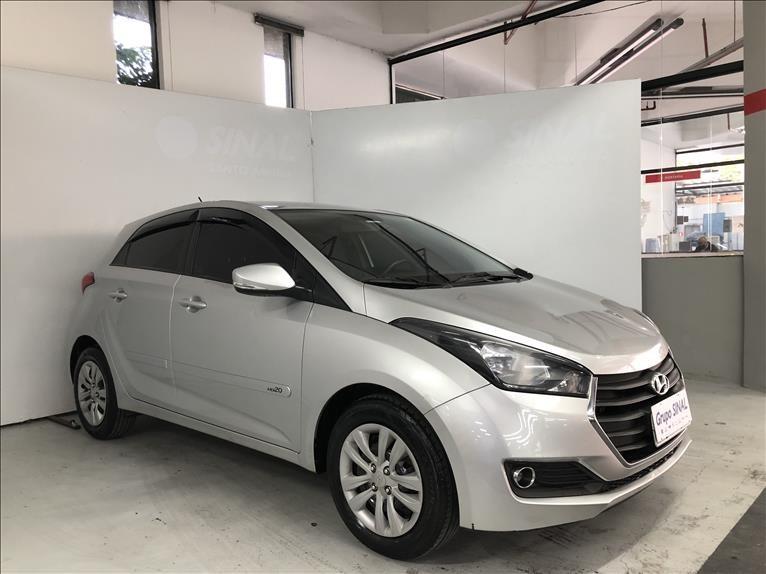 //www.autoline.com.br/carro/hyundai/hb20-16-comfort-plus-16v-flex-4p-manual/2018/sao-paulo-sp/15211933