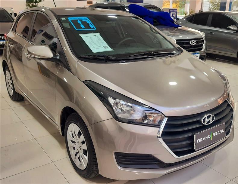 //www.autoline.com.br/carro/hyundai/hb20-16-comfort-plus-16v-flex-4p-automatico/2017/sao-paulo-sp/15714384