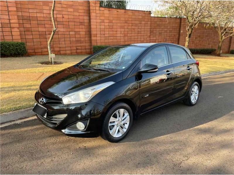 //www.autoline.com.br/carro/hyundai/hb20-16-premium-16v-flex-4p-automatico/2014/ribeirao-preto-sp/15736601