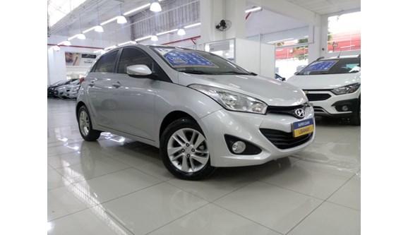 //www.autoline.com.br/carro/hyundai/hb20-16-premium-16v-flex-4p-automatico/2015/sao-paulo-sp/7013281