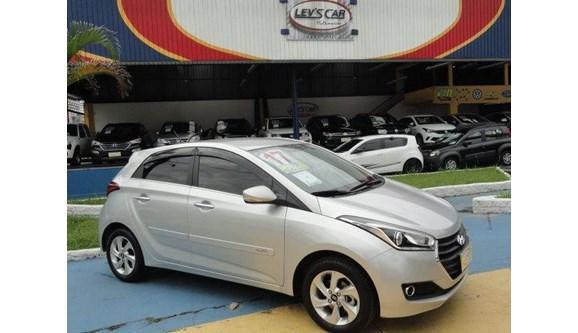 //www.autoline.com.br/carro/hyundai/hb20-16-premium-16v-flex-4p-automatico/2017/sao-paulo-sp/7910746