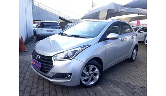 //www.autoline.com.br/carro/hyundai/hb20-16-premium-16v-flex-4p-automatico/2016/brasilia-df/8358788