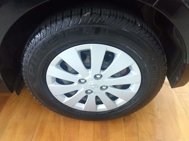 //www.autoline.com.br/carro/hyundai/hb20-10-comfort-plus-12v-flex-4p-manual/2013/campinas-sp/8809388