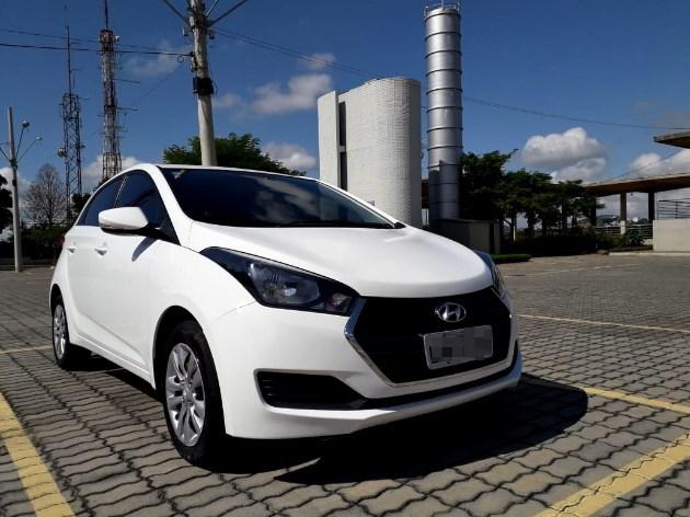 //www.autoline.com.br/carro/hyundai/hb20-16-comfort-plus-16v-flex-4p-automatico/2017/muriae-mg/9112838