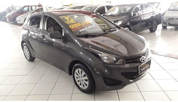 //www.autoline.com.br/carro/hyundai/hb20-16-comfort-plus-16v-flex-4p-automatico/2015/sao-paulo-sp/9883331