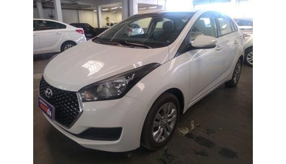//www.autoline.com.br/carro/hyundai/hb20s-16-comfort-plus-16v-flex-4p-automatico/2019/manaus-am/10111678