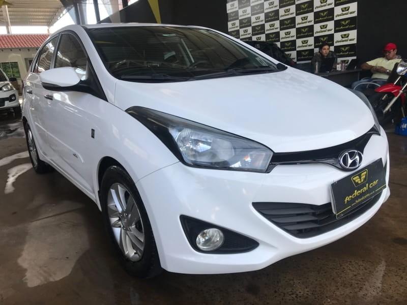 //www.autoline.com.br/carro/hyundai/hb20s-10-comfort-plus-12v-flex-4p-manual/2015/campo-grande-ms/11732993