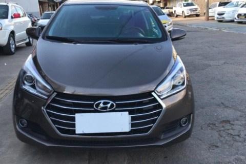 //www.autoline.com.br/carro/hyundai/hb20s-16-premium-16v-flex-4p-automatico/2016/goiania-go/14683838