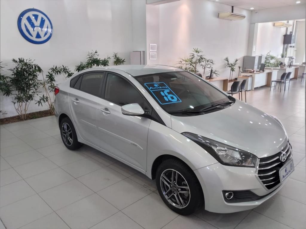 //www.autoline.com.br/carro/hyundai/hb20s-16-comfort-plus-16v-flex-4p-automatico/2016/sao-paulo-sp/14991891