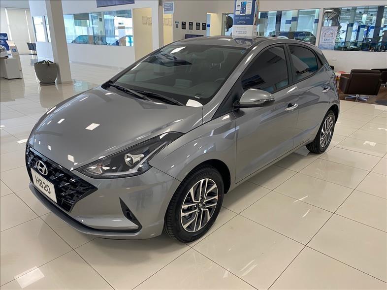 //www.autoline.com.br/carro/hyundai/hb20s-10-diamond-12v-flex-4p-turbo-automatico/2022/sao-paulo-sp/15832948