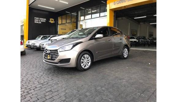 //www.autoline.com.br/carro/hyundai/hb20s-16-comfort-plus-16v-flex-4p-automatico/2017/patrocinio-mg/7866597