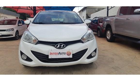 //www.autoline.com.br/carro/hyundai/hb20s-16-premium-16v-flex-4p-automatico/2015/campo-grande-ms/9939130