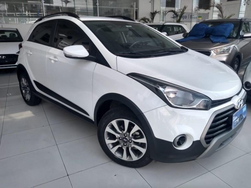 //www.autoline.com.br/carro/hyundai/hb20x-16-style-16v-flex-4p-manual/2018/sao-paulo-sp/12427006