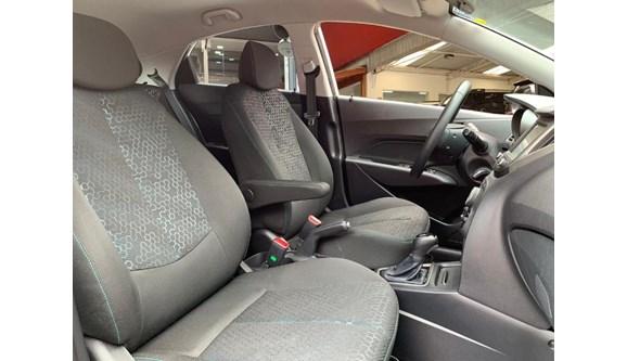 //www.autoline.com.br/carro/hyundai/hb20x-16-style-16v-flex-4p-automatico/2019/sao-paulo-sp/12724377