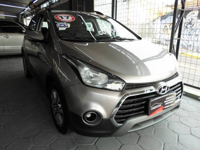 //www.autoline.com.br/carro/hyundai/hb20x-16-style-16v-flex-4p-automatico/2017/mogi-das-cruzes-sp/12998490