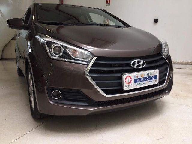 //www.autoline.com.br/carro/hyundai/hb20x-16-premium-16v-flex-4p-automatico/2016/brasilia-df/13015523