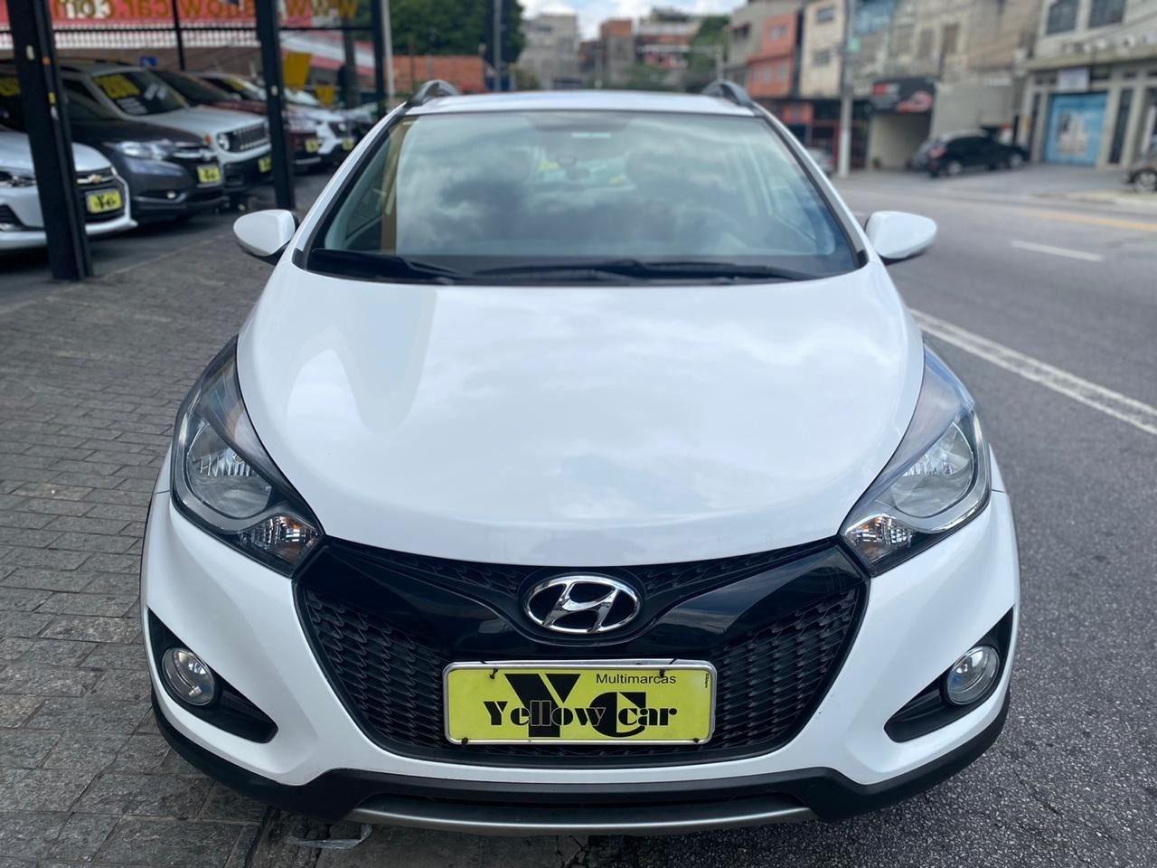 //www.autoline.com.br/carro/hyundai/hb20x-16-16v-premium-flex-4p-automatico/2015/sao-paulo-sp/13265634