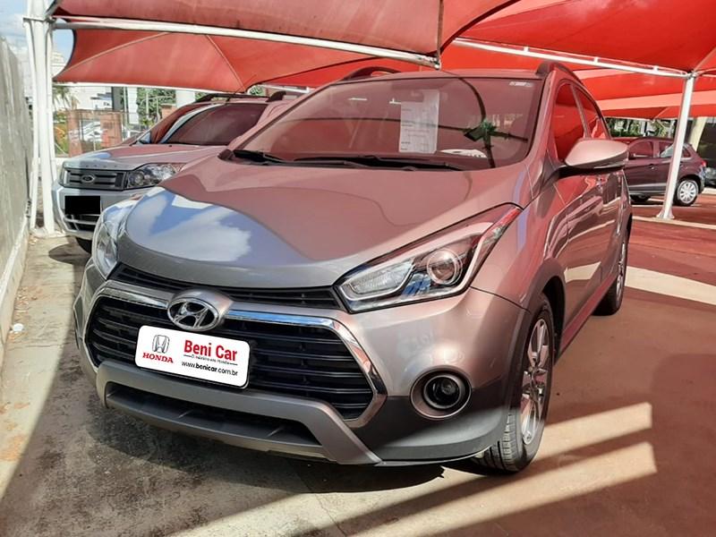 //www.autoline.com.br/carro/hyundai/hb20x-16-16v-premium-flex-4p-automatico/2017/campinas-sp/13545161