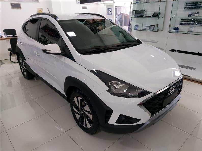 //www.autoline.com.br/carro/hyundai/hb20x-16-vision-16v-flex-4p-automatico/2021/sao-paulo-sp/13618652