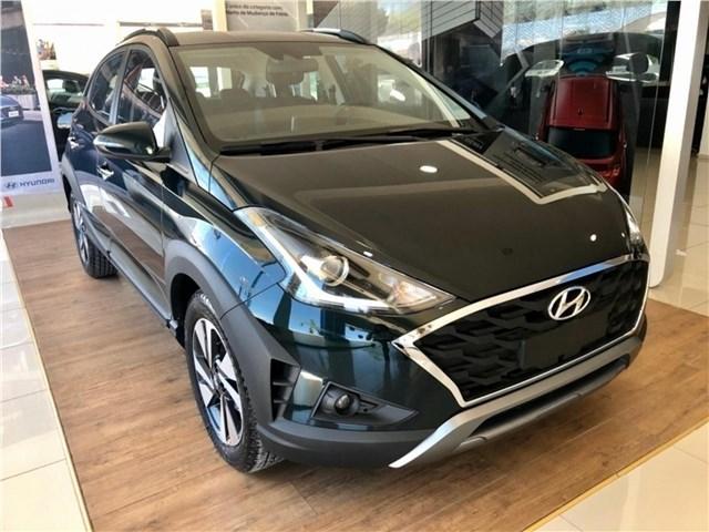 //www.autoline.com.br/carro/hyundai/hb20x-16-evolution-16v-flex-4p-automatico/2021/sao-paulo-sp/13630536