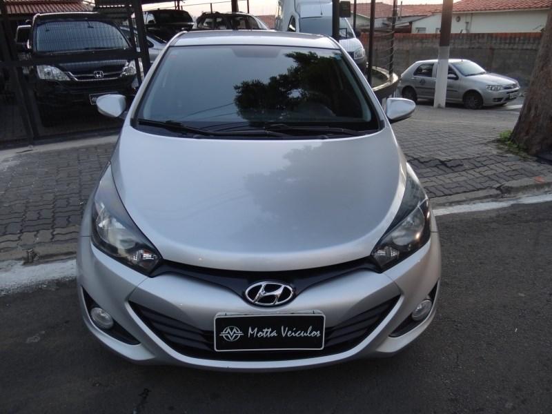 //www.autoline.com.br/carro/hyundai/hb20x-16-premium-16v-122cv-4p-flex-automatico/2013/campinas-sp/13968809