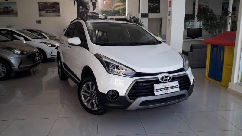 //www.autoline.com.br/carro/hyundai/hb20x-16-premium-16v-flex-4p-automatico/2018/sao-paulo-sp/14442039