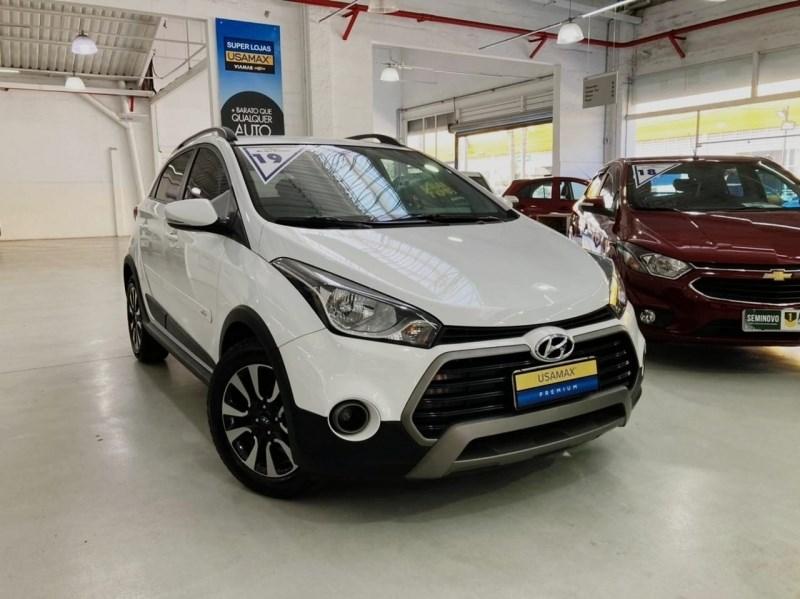 //www.autoline.com.br/carro/hyundai/hb20x-16-style-16v-flex-4p-automatico/2019/sao-paulo-sp/14800192