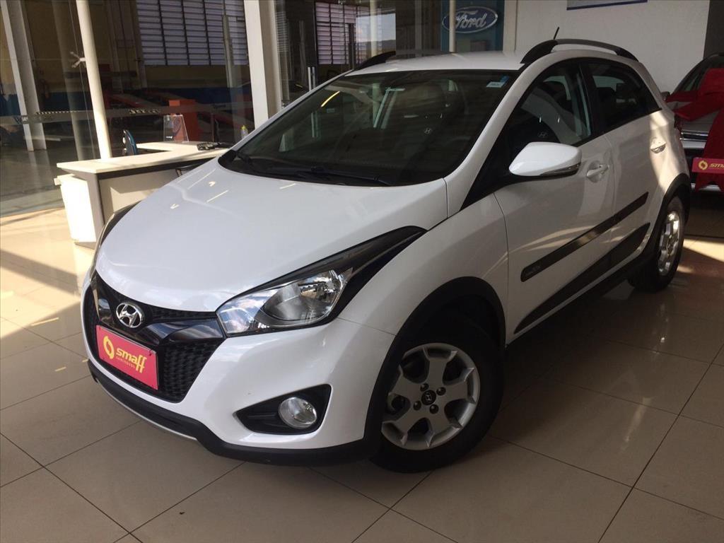 //www.autoline.com.br/carro/hyundai/hb20x-16-style-16v-flex-4p-automatico/2015/brasilia-df/14934947