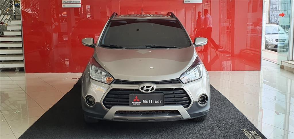 //www.autoline.com.br/carro/hyundai/hb20x-16-style-16v-flex-4p-automatico/2018/vila-velha-es/15087092