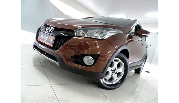 //www.autoline.com.br/carro/hyundai/hb20x-16-style-16v-flex-4p-automatico/2015/belo-horizonte-mg/6798165