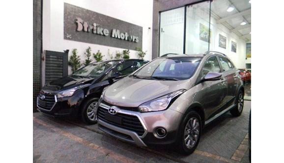 //www.autoline.com.br/carro/hyundai/hb20x-16-premium-16v-flex-4p-automatico/2019/sao-paulo-sp/7766786