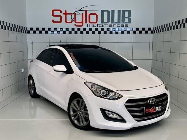 //www.autoline.com.br/carro/hyundai/i30-18-16v-gasolina-4p-automatico/2016/estancia-velha-rs/11015171