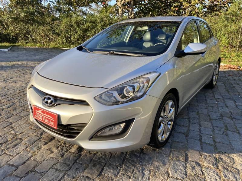 //www.autoline.com.br/carro/hyundai/i30-18-16v-gasolina-4p-automatico/2014/palhoca-sc/11990579